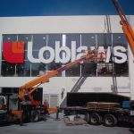 Large format sign fabrication and sign installers